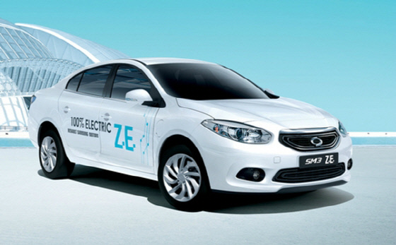 The SM3 ZE Electric car from Renault Samsung.