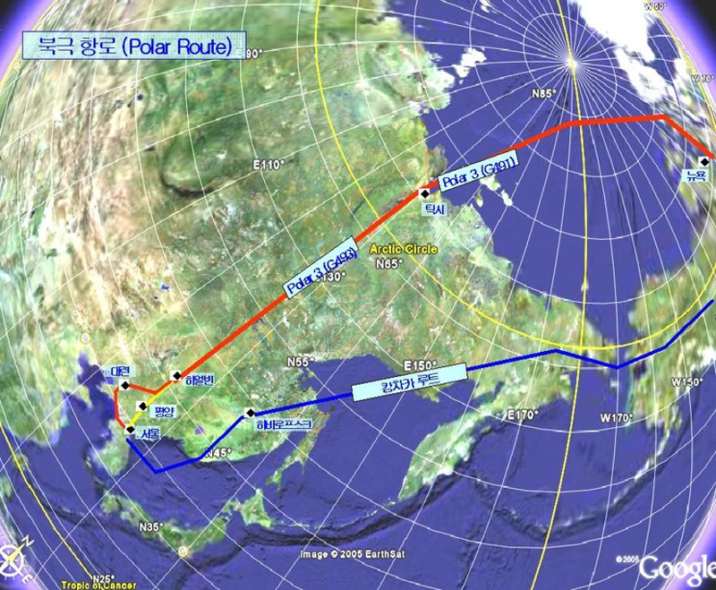 A set of typical polar airline routes.