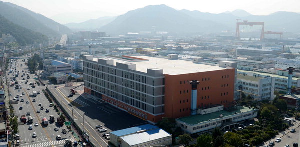 Factory of Nokia TMC, a production facility located in Changwon City, Korea.