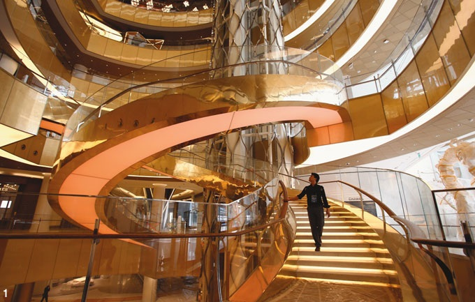 The lobby of the New Lotte World building located in Jamsil, Seoul.