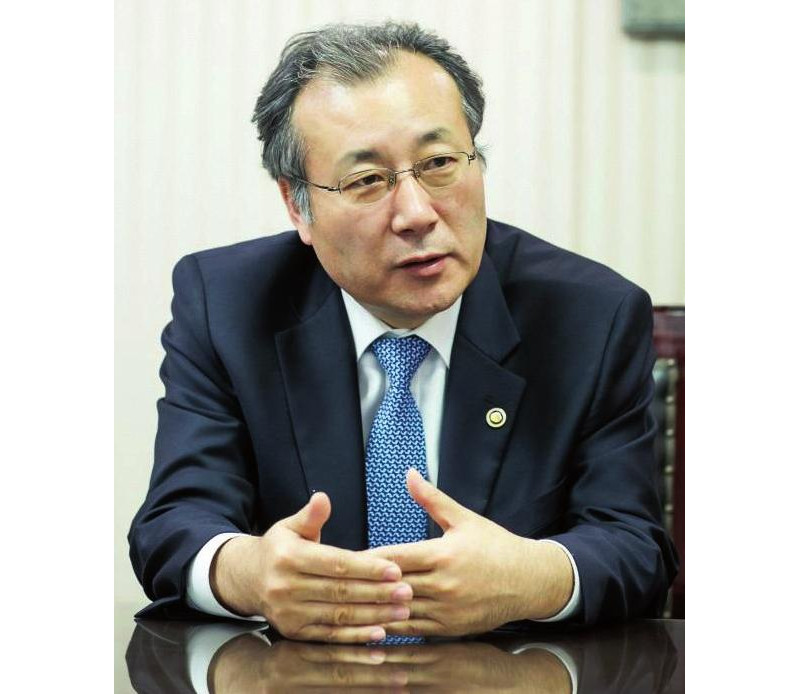Han Jung-hwa, administrator of the SMBA.
