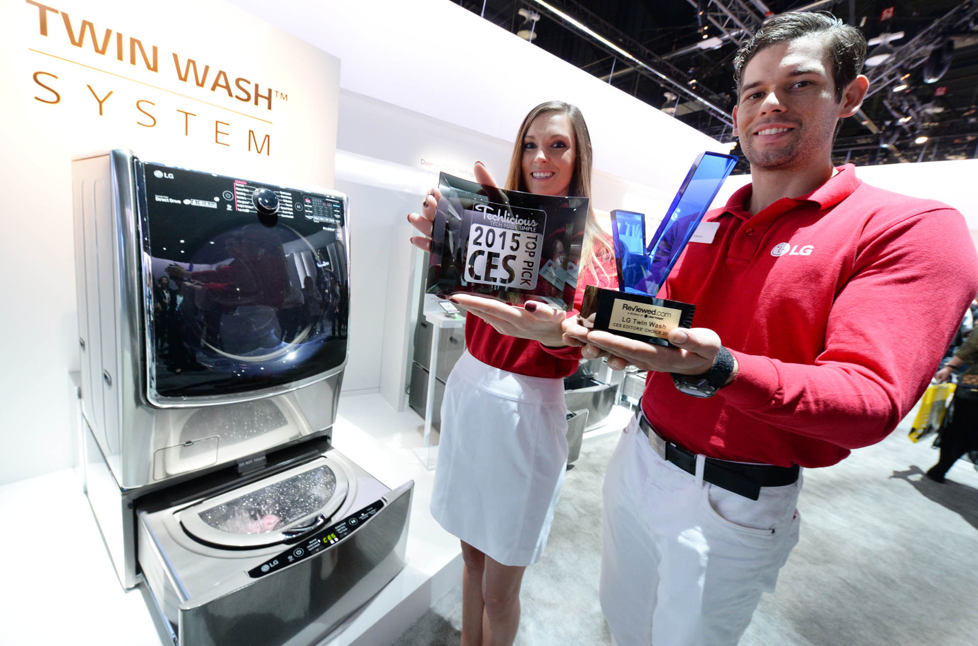 LG's Tromm washing machine won both a Top Pick CES 2015 and a Reviewed.com CES Editor's Choice 2015 award this year.