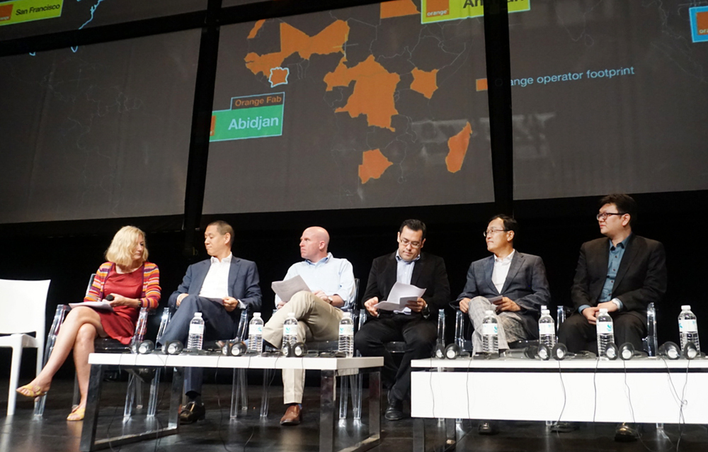 G-CCEI CEO Lim Deok-rae (2nd from right) attends Orange Fabs' International Demo Day held in France on June 11 to discuss the start-up ecosystem with telecoms companies like Orange Telecom and Singapore Telecommunications Limited.