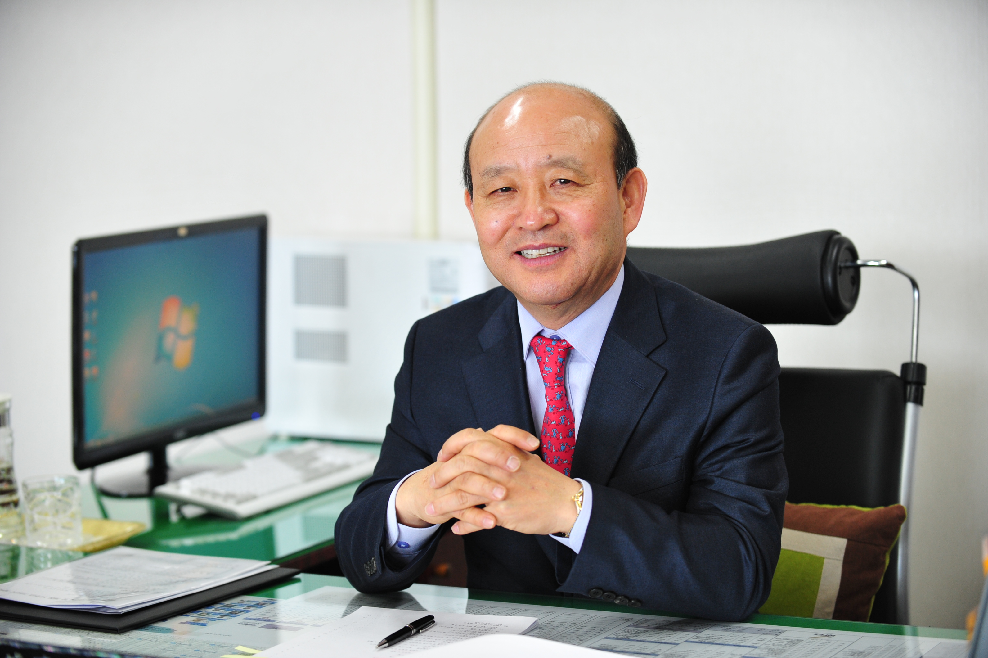 Heo Seong-gon, commissioner of the Busan-Jinhae Free Economic Zone Authority.