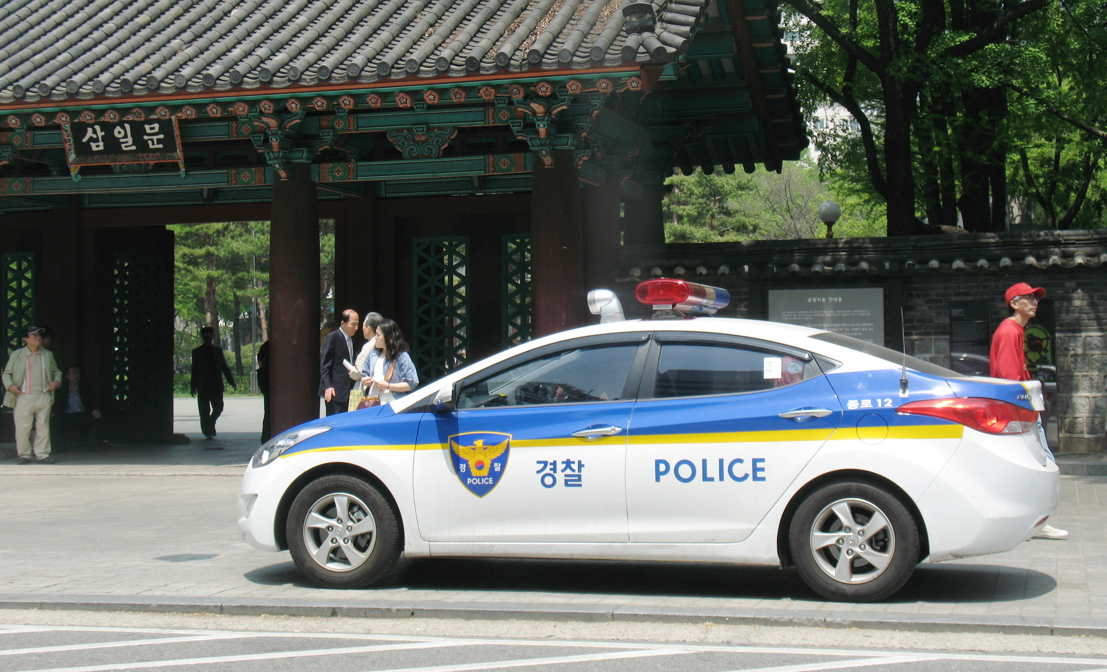 A police car in Seoul, South Korea. (Photo by ProjectManhattan via Wikimedia Commons)
