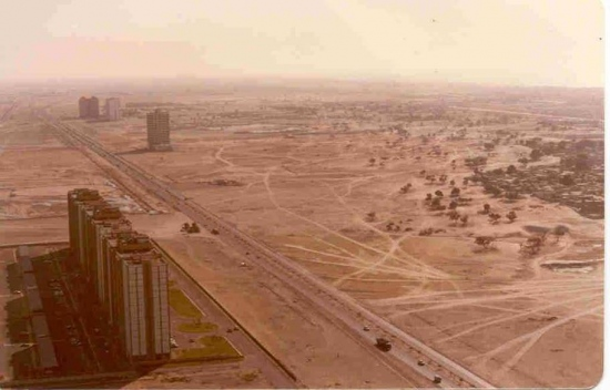 The Sheikh Zayed Road leading into Dubai in 1990.