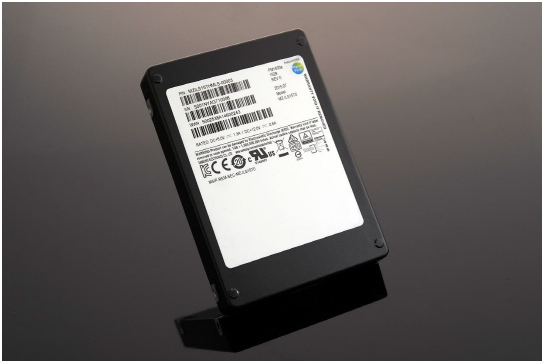 Samsung Electronics announced that it will release a new solid state drive (SSD) With 15.36TB of storage for SAS-based servers for the first time in the world on March 3.