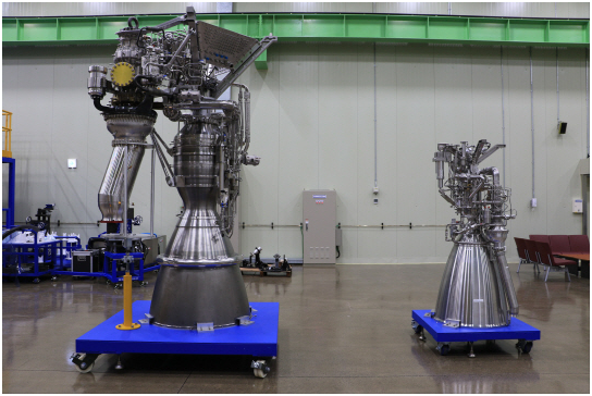 Prototypes of 75-ton liquid engine (left) and seven-ton liquid engine (right) to be subject to combustion tests next month