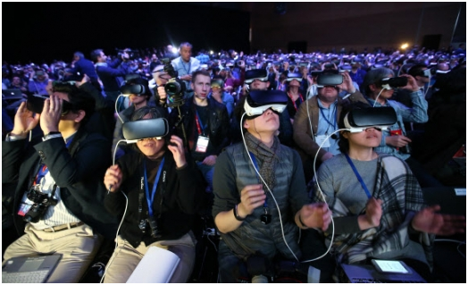Samsung Electronics' Virtual Reality (VR) devices help boost sales of the Galaxy S7