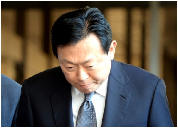 The prosecution's investigation into the Lotte Group on Sept. 20 is expected to enter a fierce legal dustup after summoning and grilling its chairman Shin Dong-bin.