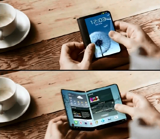 will samsung recover its reputation with foldable phone. Black Bedroom Furniture Sets. Home Design Ideas