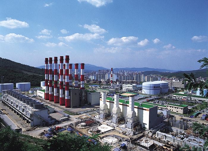 Hanwha, Lotte Groups Benefiting from Acquisition of Petrochemical
