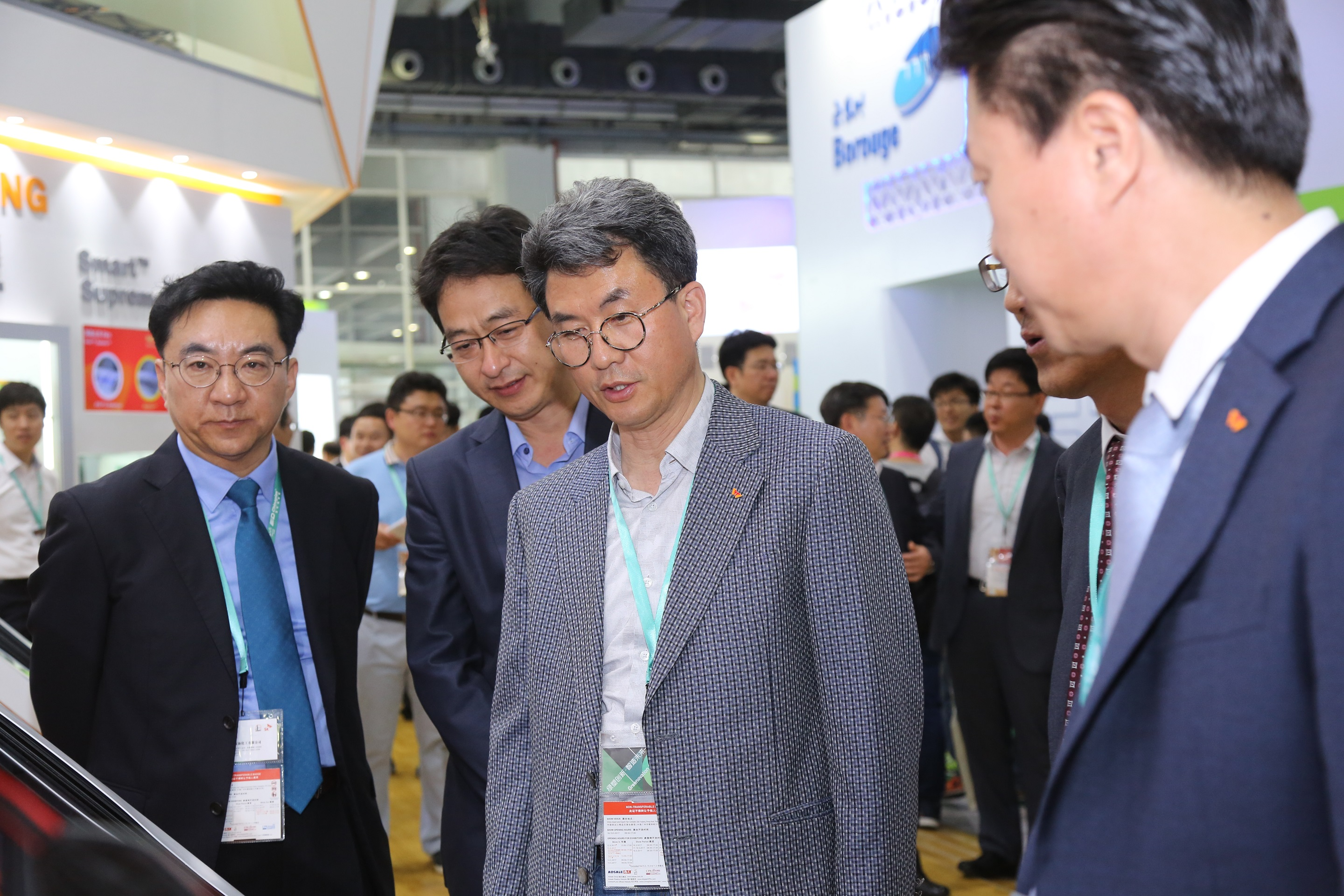 Kim Hyung-kun, president of SK Global Chemical is looking around the exhibition hall.
