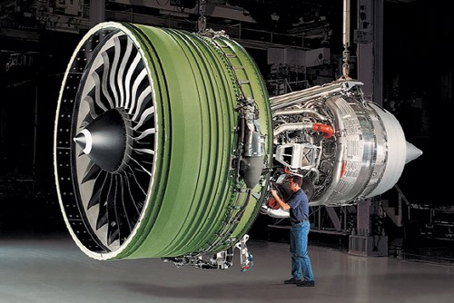 Hanwha Techwin has selected land in Vietnam to construct a plant to manufacture aircraft engine parts.