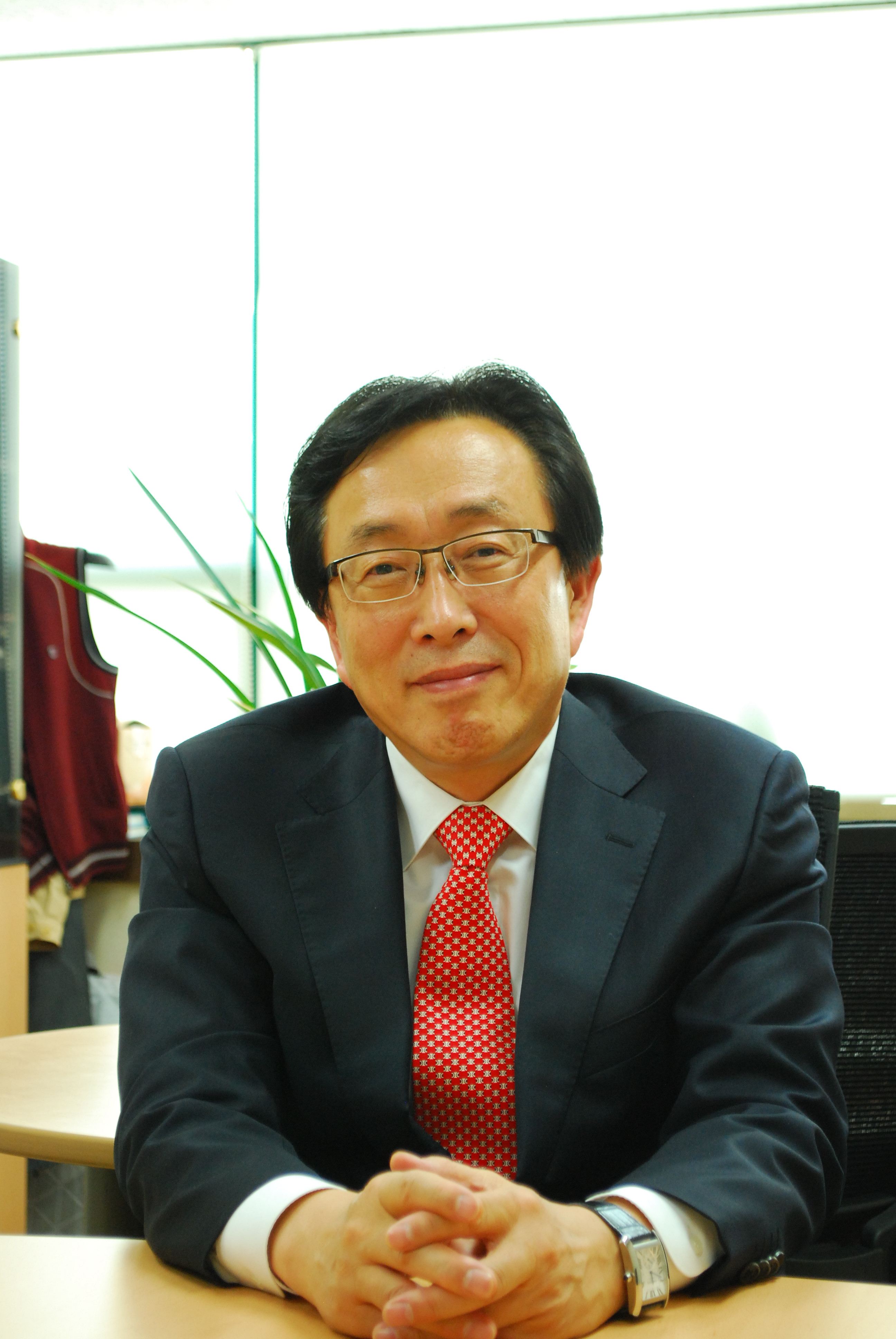 Lee Yong-sung has been reappointed as chairman of the Korea Venture Capital Association (KVCA).