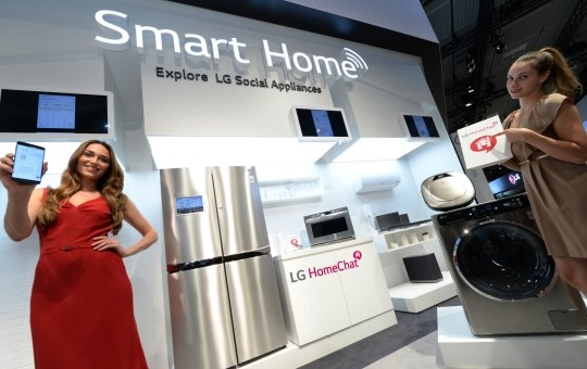 LG Electronics connected its home appliances to the Amazon Alexa like it did to the Google Home. (Photo courtesy: LG Electronics)