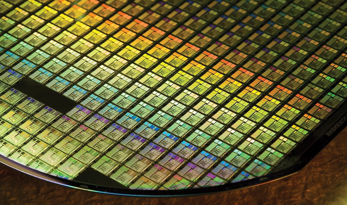 The less-than-40 nanometer (nm) foundry market is recently rapidly growing as the demand of low power system semiconductor chips increases. (photo: BusinessKorea DB)