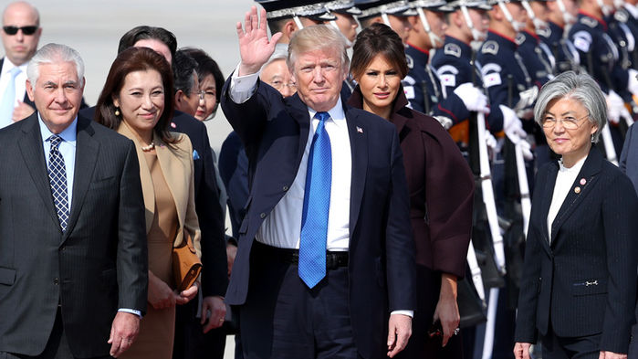 U.S. President Donald Trump arrived at Camp Humphreys in Pyeongtaek, 70 kilometers south of Seoul, on November 7 for his two-day state visit to South Korea.