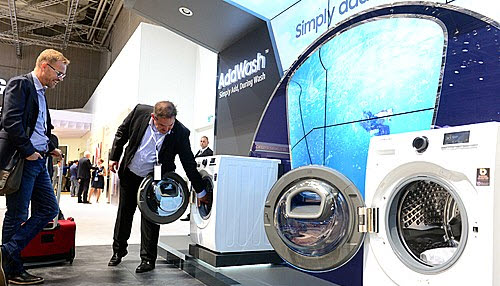 Korean washers are strong not in the market of relatively inexpensive top-lid type washing machines (top loaders), but in the market of relatively expensive drum washing machines (front loaders) in the US.
