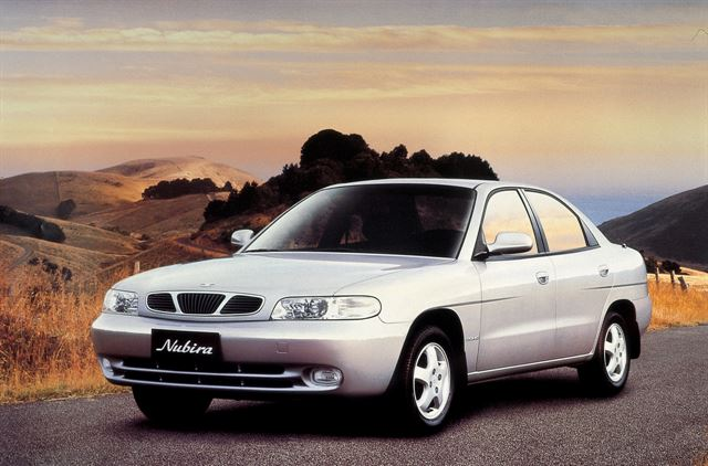 Since Daewoo built its plant in Gunsan to manufacture its first sedan Nubira in 1997, South Korean automakers have built no factory at all in the nation.