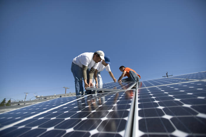 Jobs in the US are disappearing rather than increasing because of massive tariffs on photovoltaic products.