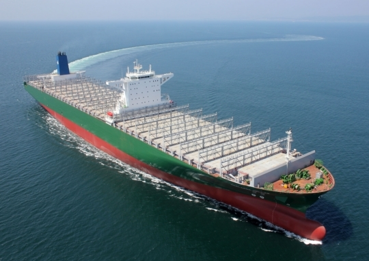 Samsung Heavy Industries received an order to build eight 12,000-TEU container ships of from an Asian shipowner.