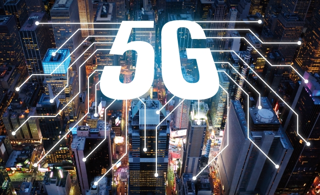Samsung Electronics, Apple and Huawei are working on 5G chipsets while Qualcomm is expanding its 5G chipsets globally.