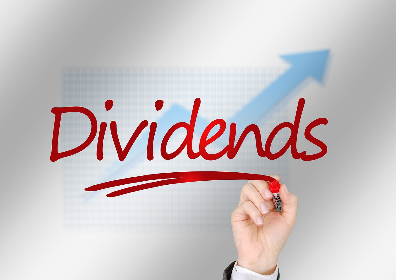 There are concerns that too high dividend payments may enervate companies' growth potential.