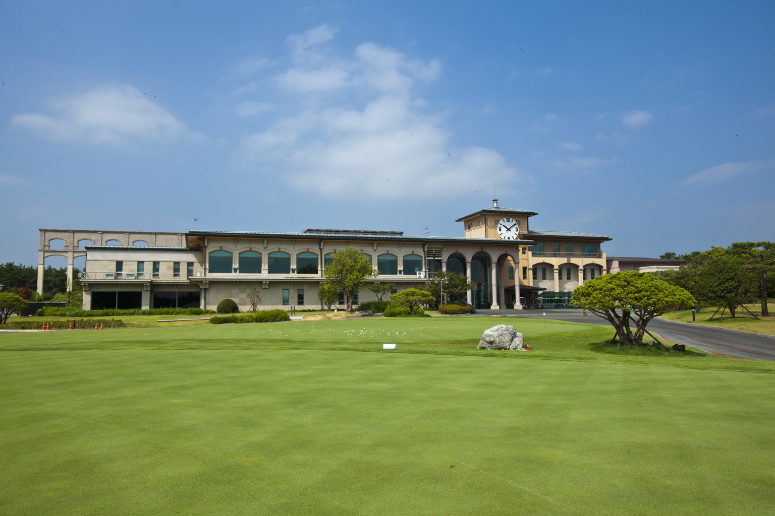 A view of Asiad Country Club.