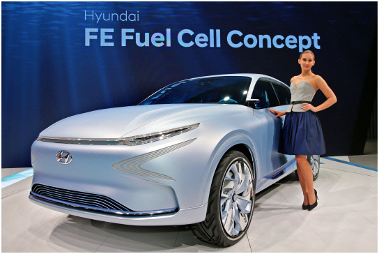 A model introduces Hyundai Motor's new FE fuel cell concept car.
