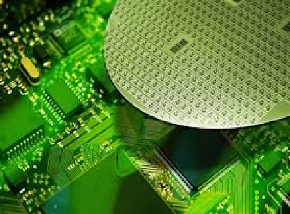 Silicon wafer shipments set a new record in the first quarter of this year, indicating the global chip market will hold firm during the remainder of the year.