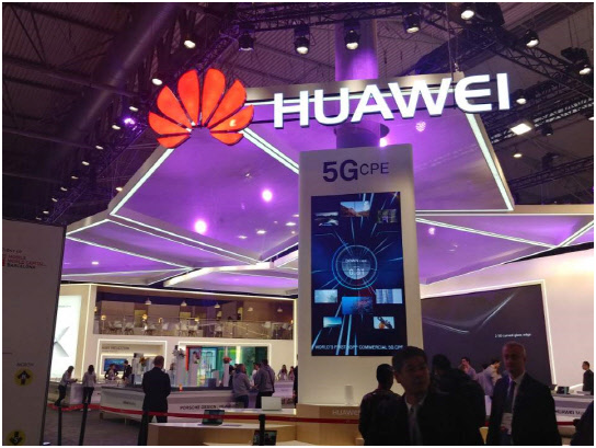 Huawei unveiled a variety of 5G solutions, including 5G-based surgical robots, high-definition virtual reality solutions and real-time fire alarm systems at Mobile World Congress Shanghai 2018.