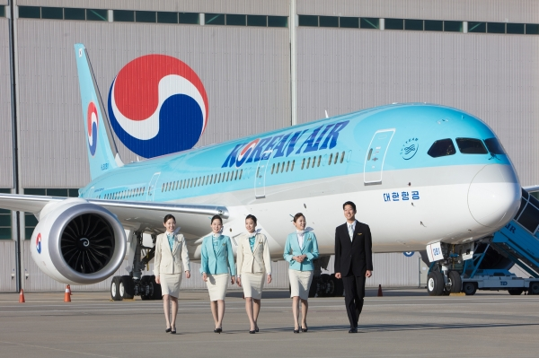 Korean Air took first place in the air passenger transport services sector at the 2018 Global Customer Satisfaction Index (GCSI) Excellent Enterprise Awards