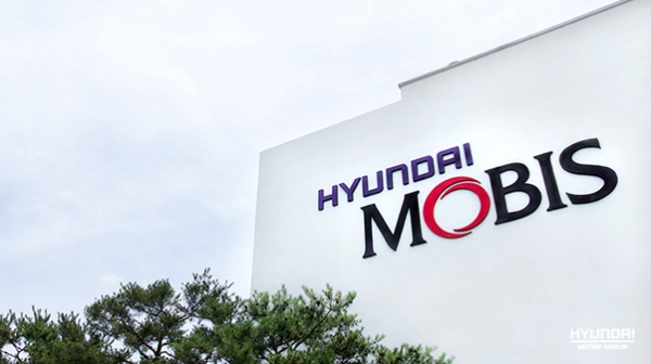 Hyundai Mobis posted 1.1 trillion won (US$1 billion) in sales of parts for global environment-friendly cars last year.