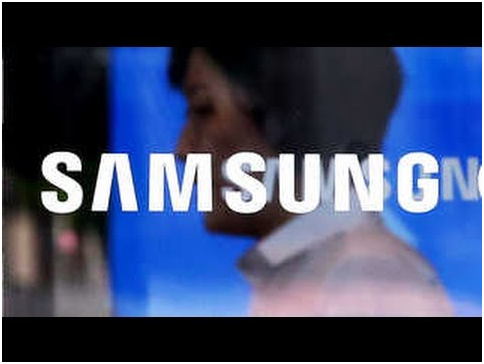 Samsung Electronics made an operating profit of 14.87 trillion won (US$13.17 billion), recording an operating margin of 25.4 percent while Apple posted US$12.6 billion (14.23 trillion won) in operating profit with its operating margin of 23.7 percent in Q2 this year.