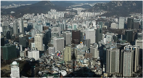 Korean economists forecast that the Korean economy would grow 2.8% in 2018.
