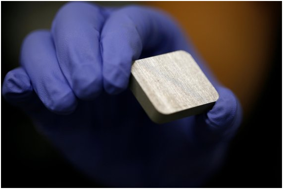 New Concept Battery Enables a Car to Run 700 km with 1kg of Aluminum