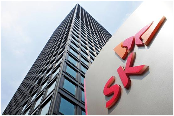 SK Group will invest US$470 million to purchase about 10% stake of Masan Group which is the seventh biggest business group in Vietnam in terms of market capitalization.