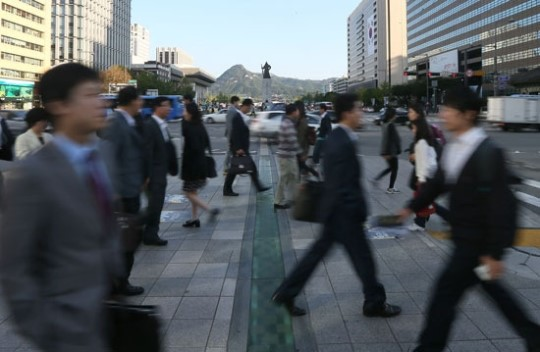 South Korea faces a growing gap between the haves and the have-nots as the middle class, which prop up the economy, has crumbled.